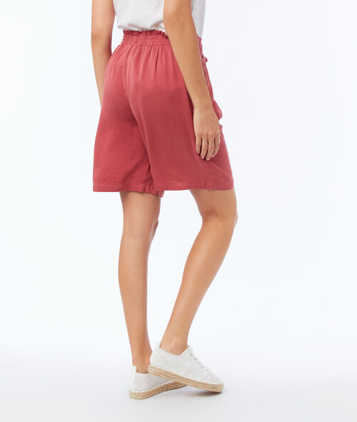 Flowing bermuda shorts belted with Tencel®