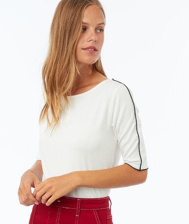 T-shirt à bordures contrastées écru.