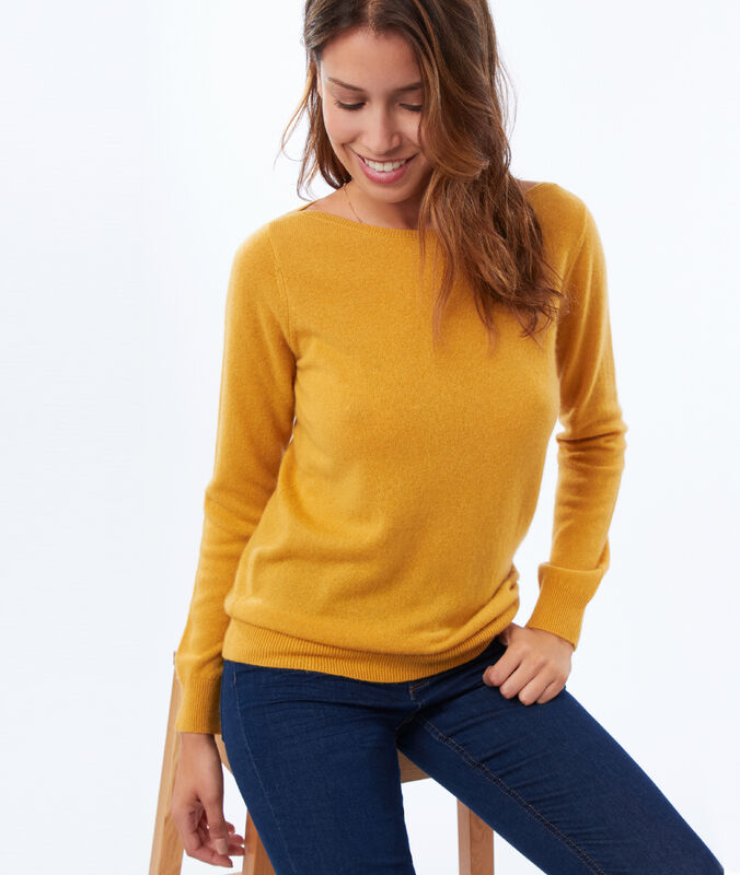 Pull col bateau 100% cachemire ocre.