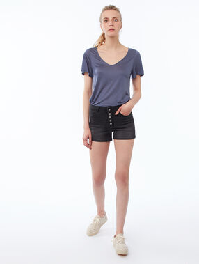 Button-up shorts black.
