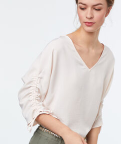 3/4-length sleeved top ecru.