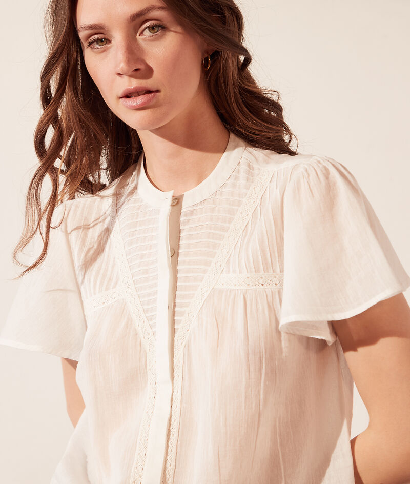 Transparent shirt with ruffle sleeves