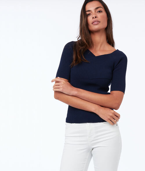 Short-sleeved wrap sweater with V-neck