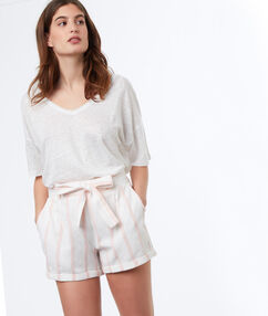 Shorts with belt light pink.