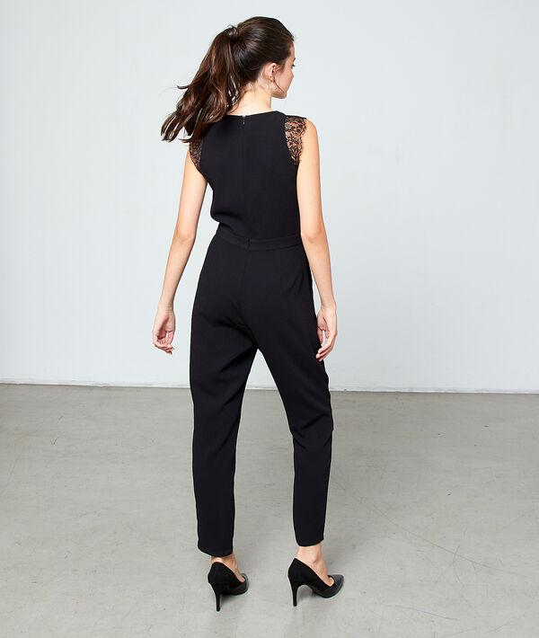 Plain jumpsuit with guipure details