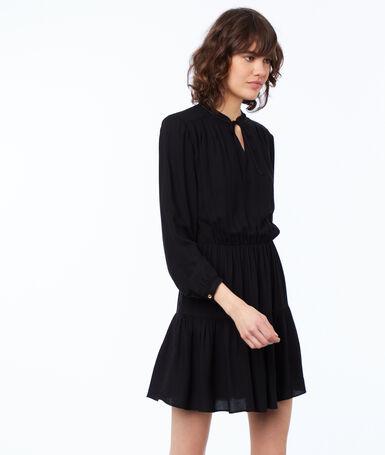 Plain long-sleeved dress black.