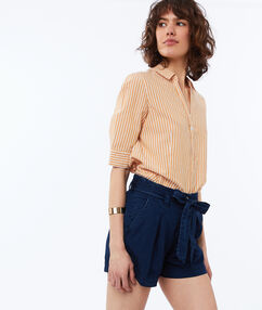 Belted tencel® shorts raw.