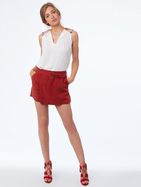 Belted tencel® shorts siena red.