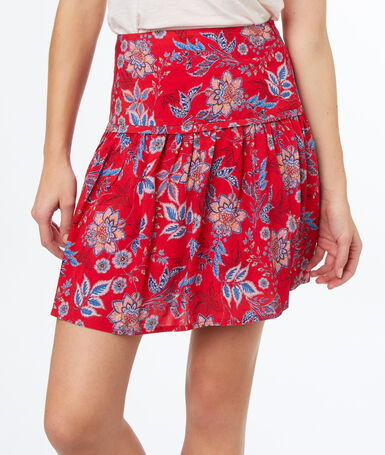 Flowing print skirt red.