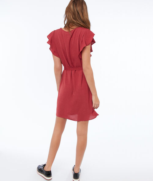 Flowing dress with belt