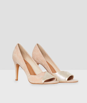 Heel court shoes nude.