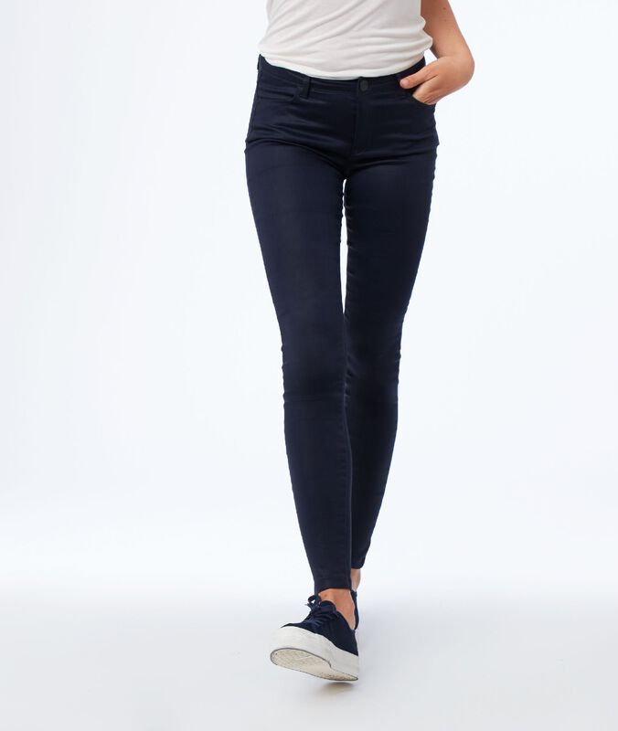Slim pants with coated effect navy blue.