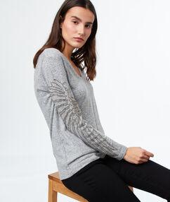 Sweater grey.