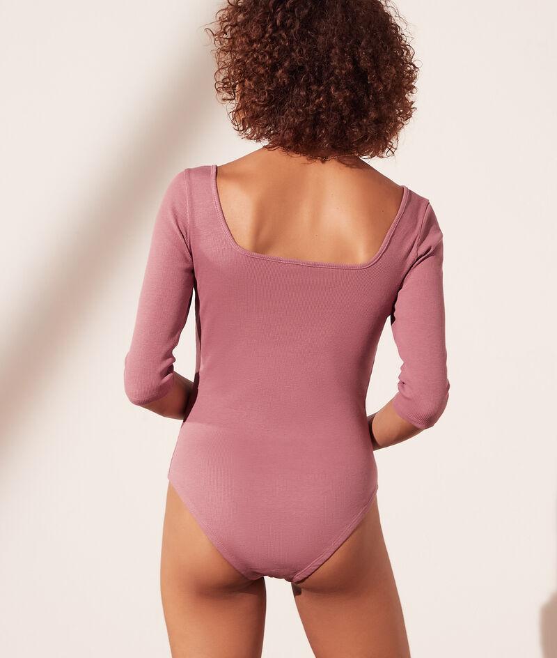 Ribbed bodysuit with square neck