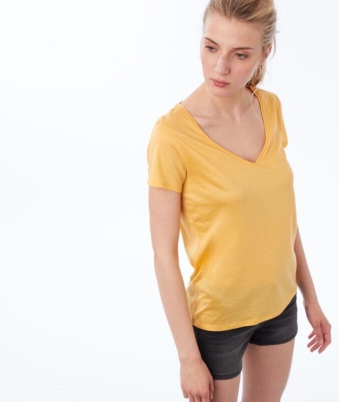 V-neck plain t-shirt mimosa yellow.