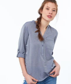 Blouse with tunisian collar midwash blue.