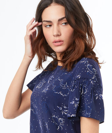 Short sleeves top navy blue.