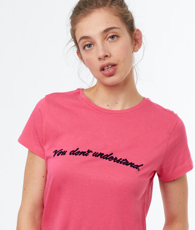 Round neck t-shirt pink.