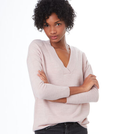 V-neck sweater light pink.