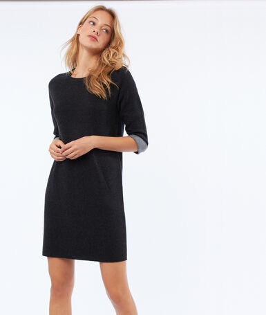 Robe pull manches 3/4 gris anthracite.