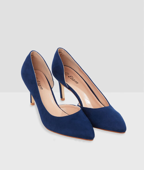 Heeled pumps