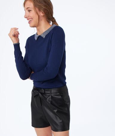 Sweater with metallic edges navy blue.