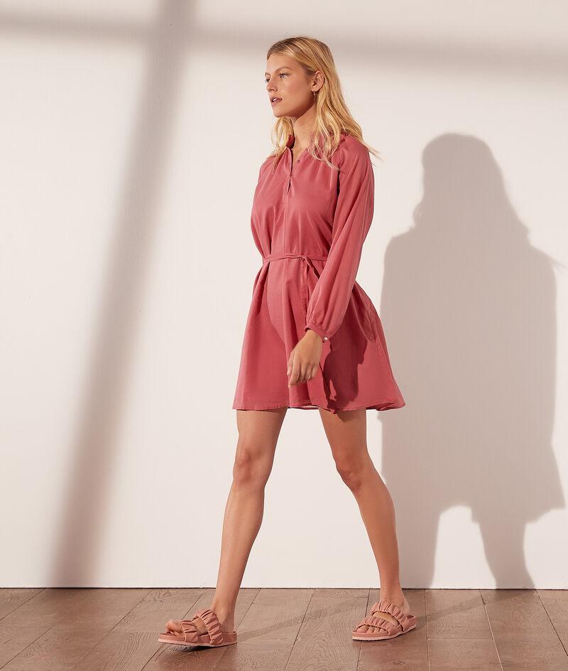 Short dress with cotton belt