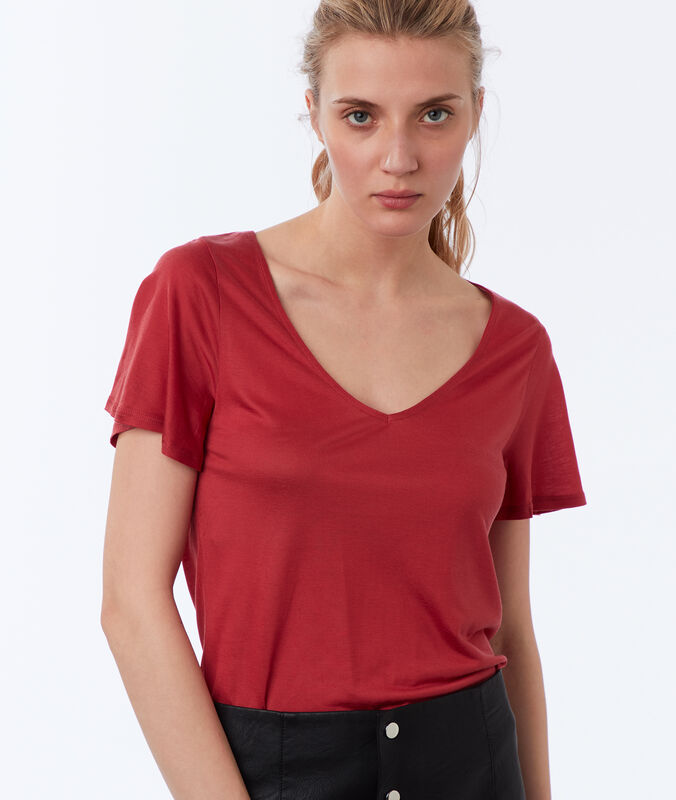 Tencel® v-neck t-shirt raspberry.