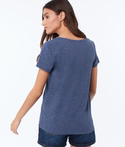 T-shirt with metallic edges