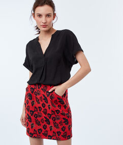 Printed skirt geranium.