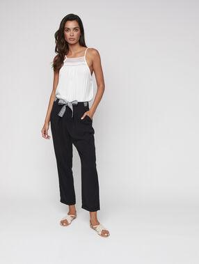 Tencel® carrot pants with belt black.