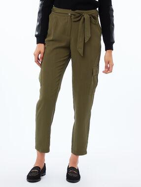 Carrot pants in tencel® khaki.