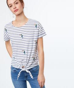 Striped t-shirt white.