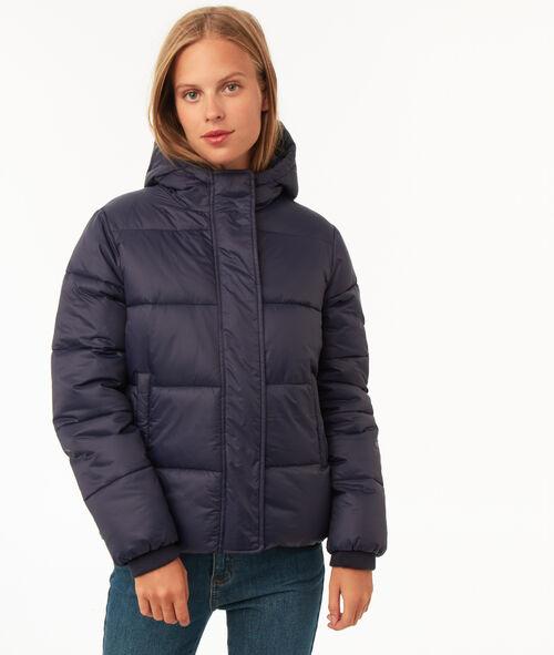 Short hooded fleece jacket
