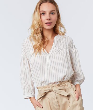 Striped blouse off-white.