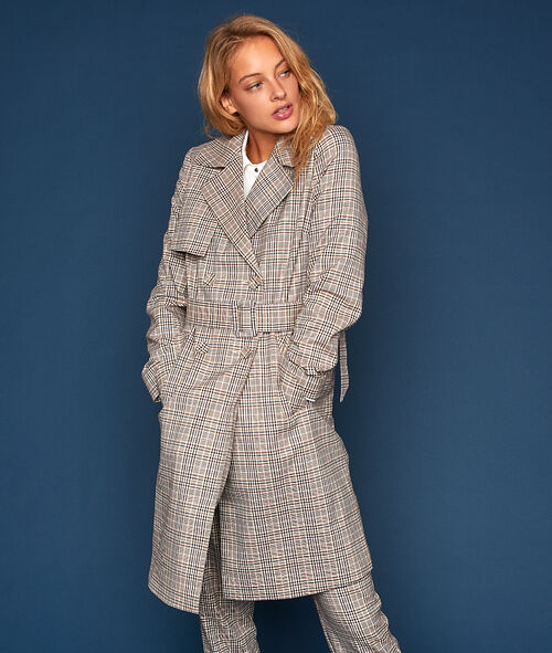 Long trench coat with prince of Wales pattern